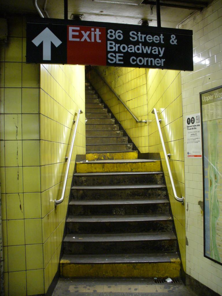 (113k, 768x1024)<br><b>Country:</b> United States<br><b>City:</b> New York<br><b>System:</b> New York City Transit<br><b>Line:</b> IRT West Side Line<br><b>Location:</b> 86th Street <br><b>Photo by:</b> Robbie Rosenfeld<br><b>Date:</b> 12/27/2006<br><b>Notes:</b> Stairway to street.<br><b>Viewed (this week/total):</b> 4 / 2497