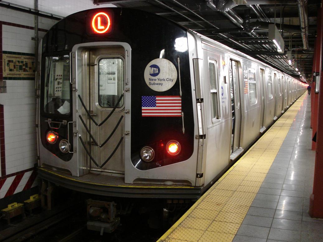 (132k, 1037x778)<br><b>Country:</b> United States<br><b>City:</b> New York<br><b>System:</b> New York City Transit<br><b>Line:</b> BMT Canarsie Line<br><b>Location:</b> 8th Avenue <br><b>Route:</b> L<br><b>Car:</b> R-143 (Kawasaki, 2001-2002) 814x <br><b>Photo by:</b> Michael Hodurski<br><b>Date:</b> 12/29/2006<br><b>Viewed (this week/total):</b> 0 / 2293