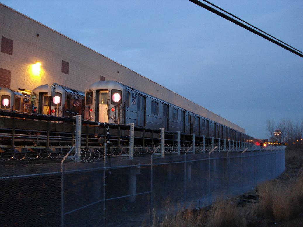 (97k, 1037x778)<br><b>Country:</b> United States<br><b>City:</b> New York<br><b>System:</b> New York City Transit<br><b>Location:</b> Corona Yard<br><b>Car:</b> R-62A (Bombardier, 1984-1987)  1905/1760/1766 <br><b>Photo by:</b> Michael Hodurski<br><b>Date:</b> 12/29/2006<br><b>Viewed (this week/total):</b> 0 / 2602