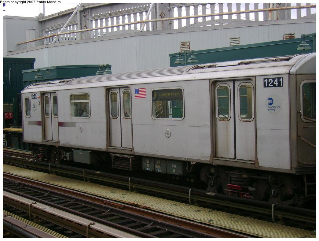 (180k, 1044x788)<br><b>Country:</b> United States<br><b>City:</b> New York<br><b>System:</b> New York City Transit<br><b>Line:</b> IRT Woodlawn Line<br><b>Location:</b> 161st Street/River Avenue (Yankee Stadium) <br><b>Route:</b> 4<br><b>Car:</b> R-142 (Option Order, Bombardier, 2002-2003)  1241 <br><b>Photo by:</b> Pablo Maneiro<br><b>Date:</b> 12/30/2006<br><b>Viewed (this week/total):</b> 0 / 2819