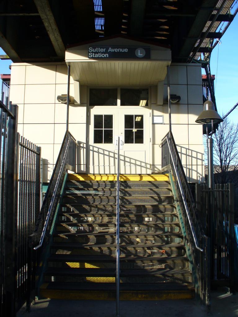 (137k, 768x1024)<br><b>Country:</b> United States<br><b>City:</b> New York<br><b>System:</b> New York City Transit<br><b>Line:</b> BMT Canarsie Line<br><b>Location:</b> Sutter Avenue <br><b>Photo by:</b> Robbie Rosenfeld<br><b>Date:</b> 12/31/2006<br><b>Notes:</b> Station entrance.<br><b>Viewed (this week/total):</b> 0 / 2927