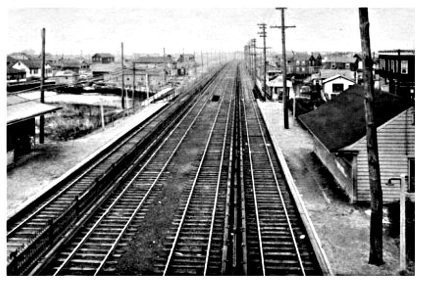 (109k, 860x576)<br><b>Country:</b> United States<br><b>City:</b> New York<br><b>System:</b> New York City Transit<br><b>Line:</b> IND Rockaway<br><b>Location:</b> Howard Beach <br><b>Collection of:</b> Herbert P. Maruska<br><b>Date:</b> 1934<br><b>Viewed (this week/total):</b> 2 / 3561