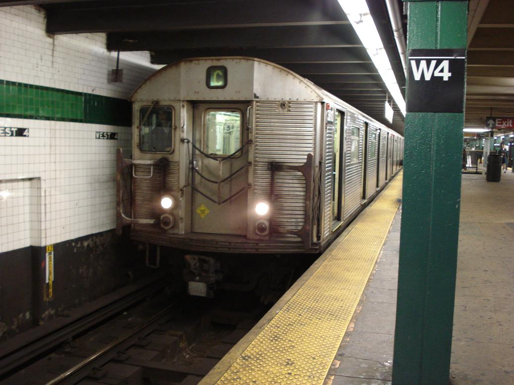 (121k, 1037x778)<br><b>Country:</b> United States<br><b>City:</b> New York<br><b>System:</b> New York City Transit<br><b>Line:</b> IND 8th Avenue Line<br><b>Location:</b> West 4th Street/Washington Square <br><b>Route:</b> C<br><b>Car:</b> R-32 (Budd, 1964)  3810 <br><b>Photo by:</b> Michael Hodurski<br><b>Date:</b> 1/6/2007<br><b>Viewed (this week/total):</b> 3 / 2163