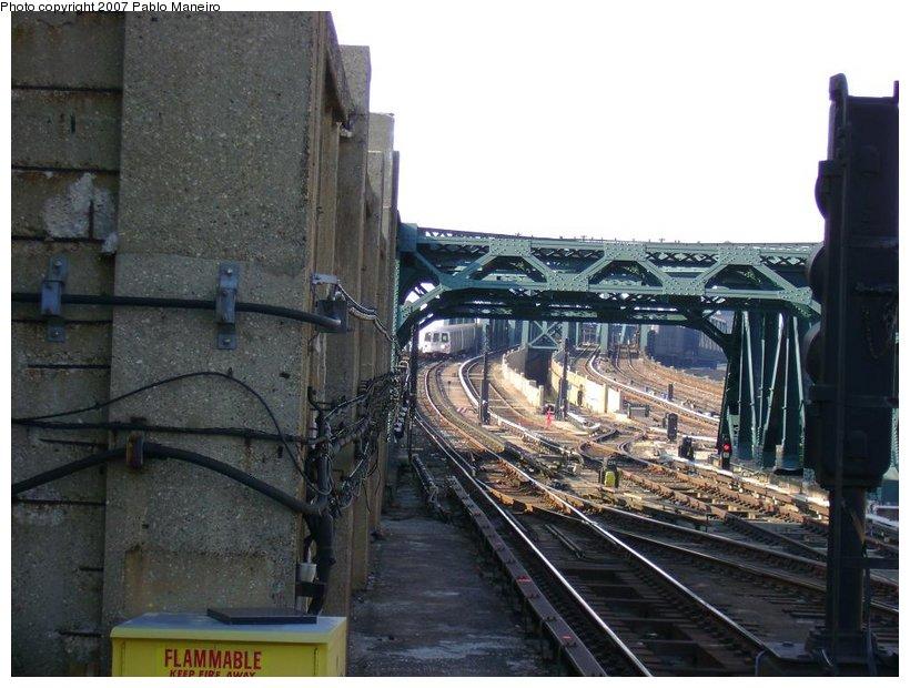 (132k, 820x620)<br><b>Country:</b> United States<br><b>City:</b> New York<br><b>System:</b> New York City Transit<br><b>Line:</b> IND Crosstown Line<br><b>Location:</b> 4th Avenue <br><b>Photo by:</b> Pablo Maneiro<br><b>Date:</b> 11/5/2006<br><b>Viewed (this week/total):</b> 0 / 2055