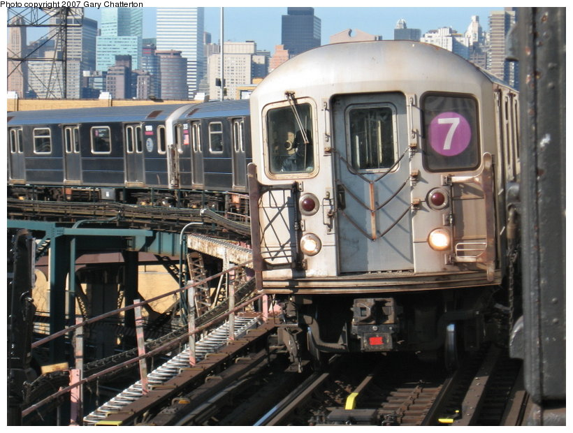 (133k, 820x620)<br><b>Country:</b> United States<br><b>City:</b> New York<br><b>System:</b> New York City Transit<br><b>Line:</b> IRT Flushing Line<br><b>Location:</b> Queensborough Plaza <br><b>Route:</b> 7<br><b>Car:</b> R-62A (Bombardier, 1984-1987)  1985 <br><b>Photo by:</b> Gary Chatterton<br><b>Date:</b> 12/9/2006<br><b>Viewed (this week/total):</b> 2 / 2725