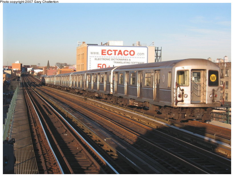 (114k, 820x620)<br><b>Country:</b> United States<br><b>City:</b> New York<br><b>System:</b> New York City Transit<br><b>Line:</b> BMT Astoria Line<br><b>Location:</b> Broadway <br><b>Route:</b> W<br><b>Car:</b> R-40M (St. Louis, 1969)  4478 <br><b>Photo by:</b> Gary Chatterton<br><b>Date:</b> 11/21/2006<br><b>Viewed (this week/total):</b> 0 / 2457
