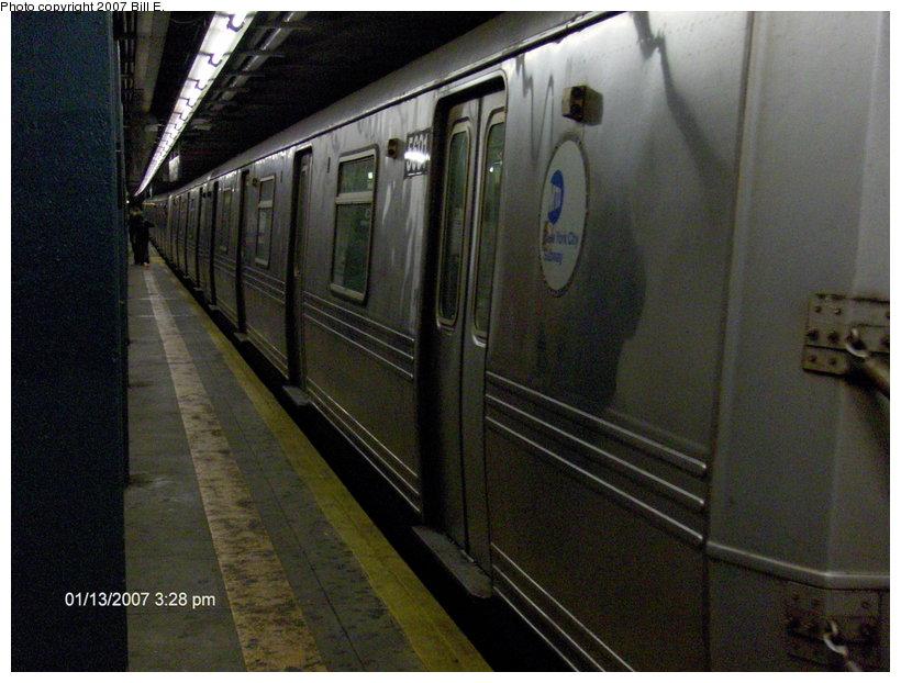 (112k, 820x622)<br><b>Country:</b> United States<br><b>City:</b> New York<br><b>System:</b> New York City Transit<br><b>Line:</b> IND Queens Boulevard Line<br><b>Location:</b> 63rd Drive/Rego Park <br><b>Route:</b> R<br><b>Car:</b> R-46 (Pullman-Standard, 1974-75) 5691 <br><b>Photo by:</b> Bill E.<br><b>Date:</b> 1/13/2007<br><b>Viewed (this week/total):</b> 0 / 2816