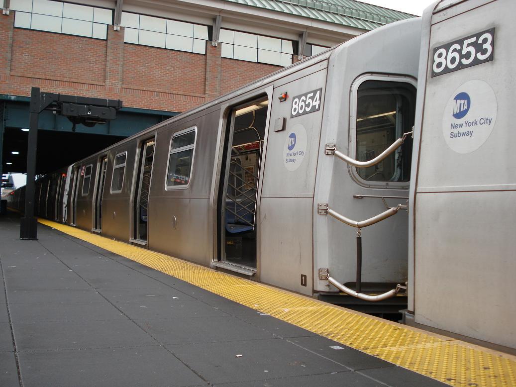 (129k, 1037x778)<br><b>Country:</b> United States<br><b>City:</b> New York<br><b>System:</b> New York City Transit<br><b>Location:</b> Coney Island/Stillwell Avenue<br><b>Route:</b> N<br><b>Car:</b> R-160A-2 (Alstom, 2005-2008, 5 car sets)  8654 <br><b>Photo by:</b> Michael Hodurski<br><b>Date:</b> 1/15/2007<br><b>Viewed (this week/total):</b> 2 / 2398