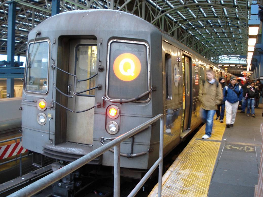 (152k, 1037x778)<br><b>Country:</b> United States<br><b>City:</b> New York<br><b>System:</b> New York City Transit<br><b>Location:</b> Coney Island/Stillwell Avenue<br><b>Route:</b> Q<br><b>Car:</b> R-68A (Kawasaki, 1988-1989)  5012 <br><b>Photo by:</b> Michael Hodurski<br><b>Date:</b> 1/23/2007<br><b>Viewed (this week/total):</b> 0 / 3047