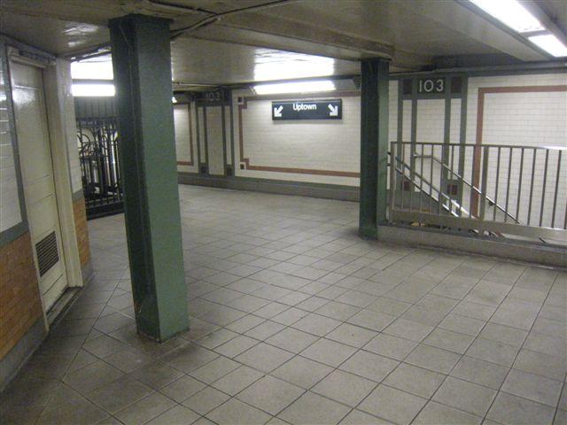(52k, 640x480)<br><b>Country:</b> United States<br><b>City:</b> New York<br><b>System:</b> New York City Transit<br><b>Line:</b> IRT West Side Line<br><b>Location:</b> 103rd Street <br><b>Photo by:</b> David Blair<br><b>Date:</b> 4/1/2008<br><b>Viewed (this week/total):</b> 1 / 1067