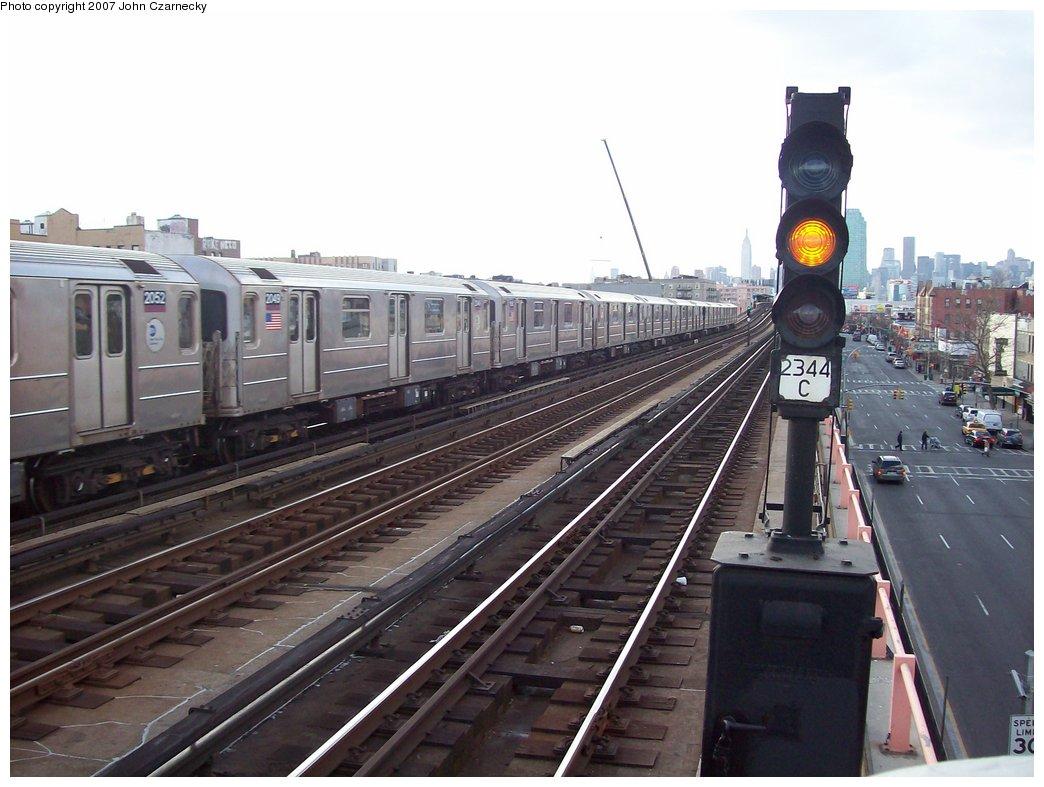(158k, 1044x787)<br><b>Country:</b> United States<br><b>City:</b> New York<br><b>System:</b> New York City Transit<br><b>Line:</b> IRT Flushing Line<br><b>Location:</b> 46th Street/Bliss Street <br><b>Route:</b> 7<br><b>Car:</b> R-62A (Bombardier, 1984-1987)  2049 <br><b>Photo by:</b> John Czarnecky<br><b>Date:</b> 1/26/2007<br><b>Viewed (this week/total):</b> 0 / 2356