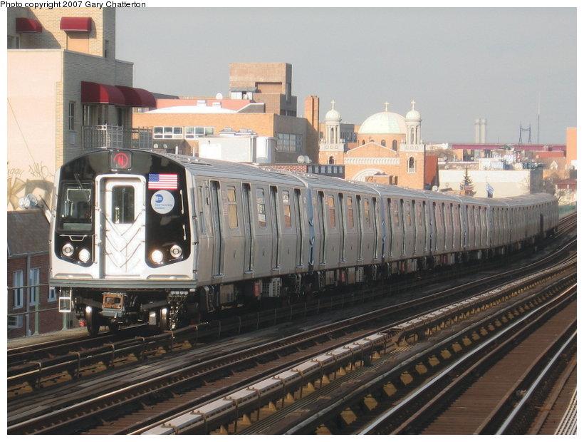 (117k, 820x620)<br><b>Country:</b> United States<br><b>City:</b> New York<br><b>System:</b> New York City Transit<br><b>Line:</b> BMT Astoria Line<br><b>Location:</b> Broadway <br><b>Route:</b> N<br><b>Car:</b> R-160B (Kawasaki, 2005-2008)  8727 <br><b>Photo by:</b> Gary Chatterton<br><b>Date:</b> 1/30/2007<br><b>Viewed (this week/total):</b> 0 / 3295