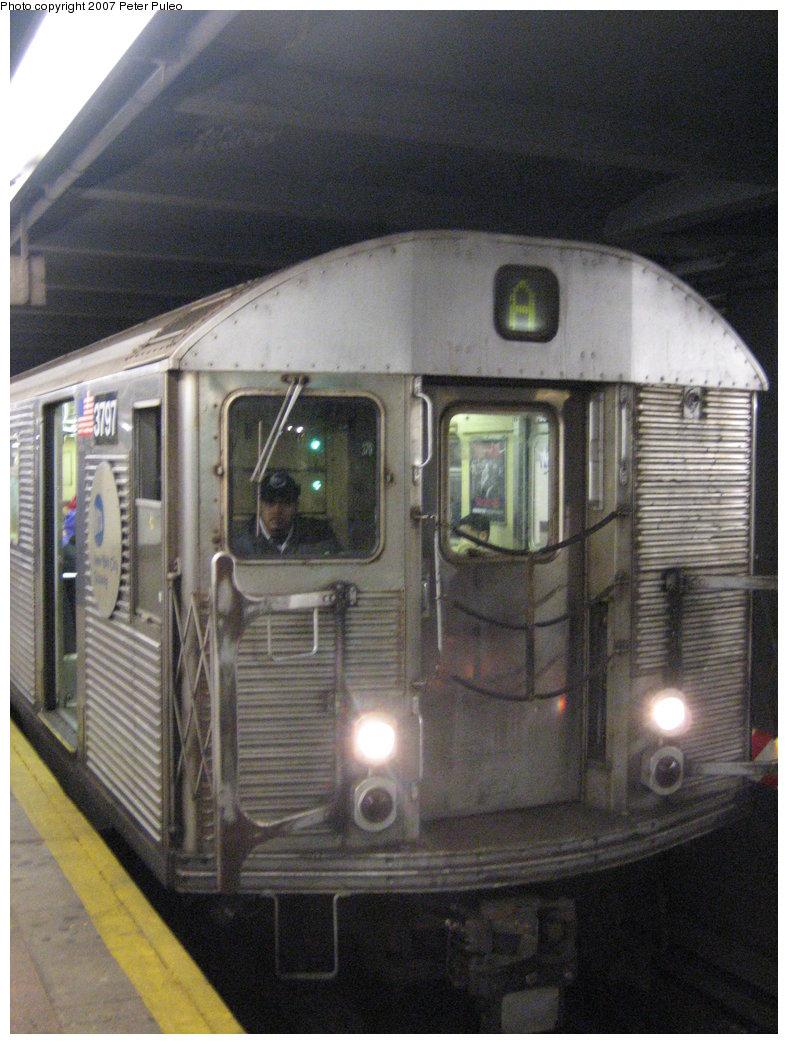 (181k, 788x1044)<br><b>Country:</b> United States<br><b>City:</b> New York<br><b>System:</b> New York City Transit<br><b>Line:</b> IND 8th Avenue Line<br><b>Location:</b> Jay St./Metrotech (Borough Hall) <br><b>Route:</b> A<br><b>Car:</b> R-32 (Budd, 1964)  3797 <br><b>Photo by:</b> Peter Puleo<br><b>Date:</b> 1/13/2007<br><b>Viewed (this week/total):</b> 4 / 2471