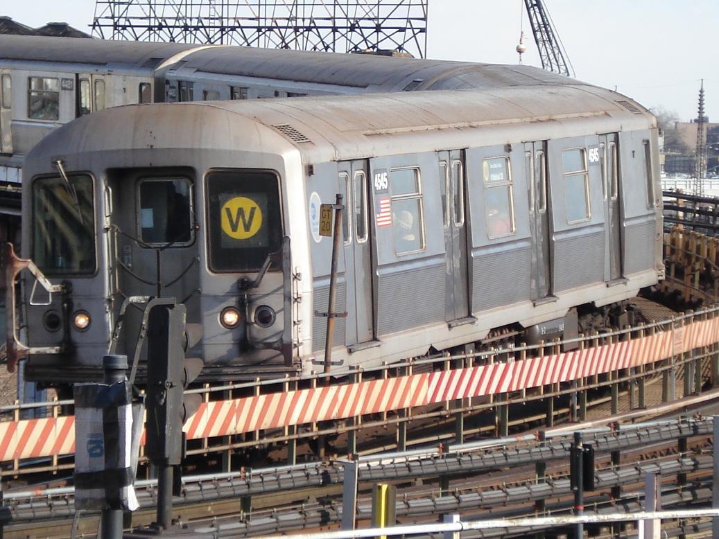 (163k, 1037x778)<br><b>Country:</b> United States<br><b>City:</b> New York<br><b>System:</b> New York City Transit<br><b>Line:</b> BMT Astoria Line<br><b>Location:</b> Queensborough Plaza <br><b>Route:</b> W<br><b>Car:</b> R-40M (St. Louis, 1969)  4545 <br><b>Photo by:</b> Michael Hodurski<br><b>Date:</b> 1/26/2007<br><b>Viewed (this week/total):</b> 1 / 2982