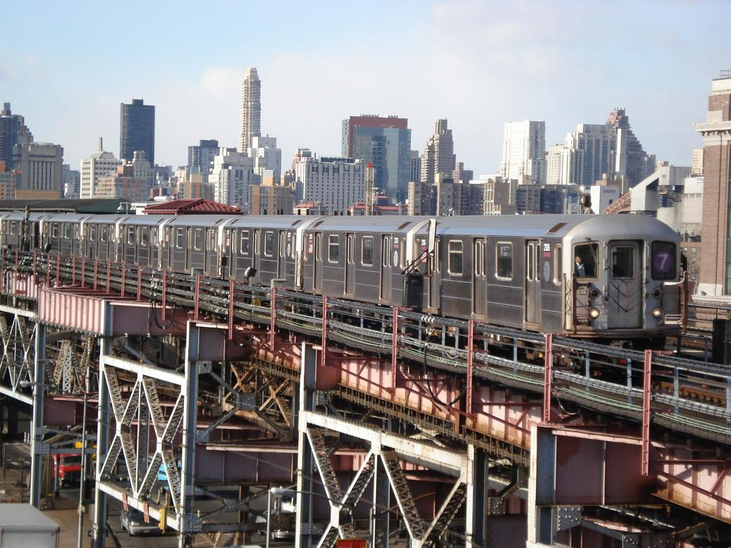 (171k, 1037x778)<br><b>Country:</b> United States<br><b>City:</b> New York<br><b>System:</b> New York City Transit<br><b>Line:</b> IRT Flushing Line<br><b>Location:</b> Queensborough Plaza <br><b>Route:</b> 7<br><b>Car:</b> R-62A (Bombardier, 1984-1987)  2106 <br><b>Photo by:</b> Michael Hodurski<br><b>Date:</b> 1/26/2007<br><b>Viewed (this week/total):</b> 0 / 2523