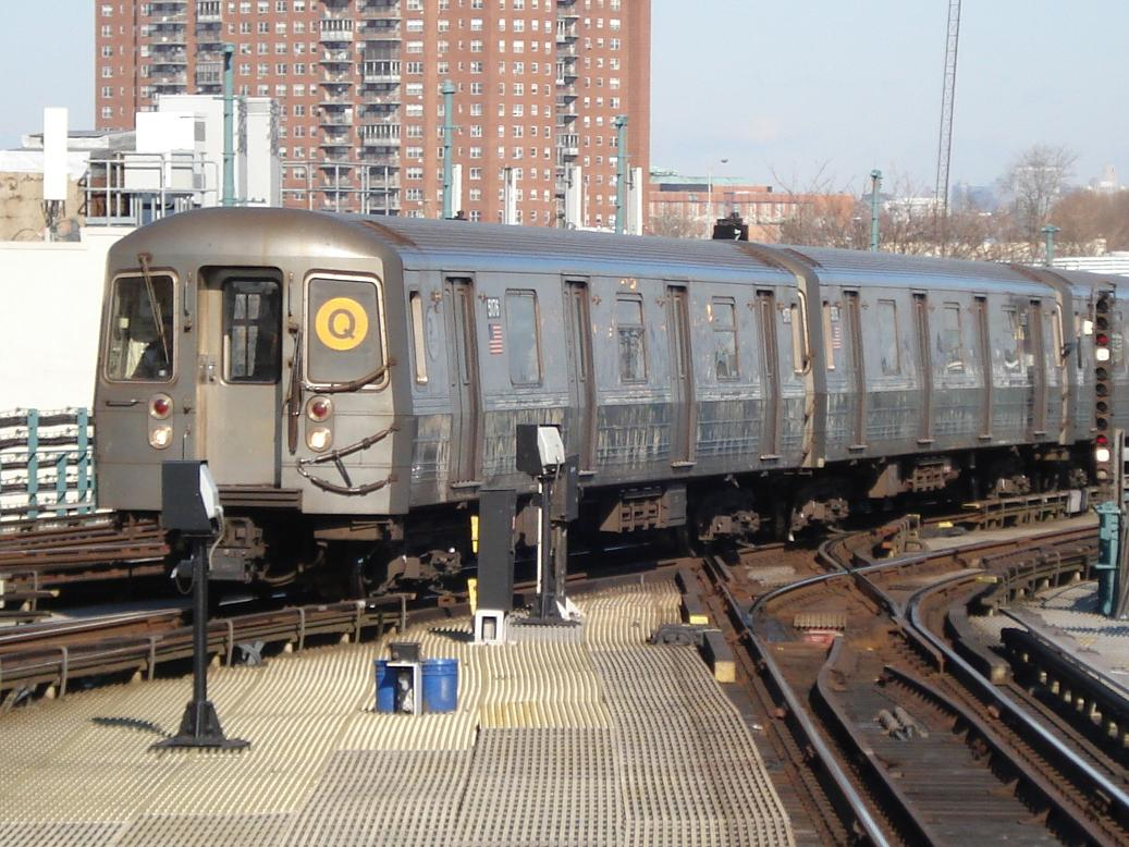 (163k, 1037x778)<br><b>Country:</b> United States<br><b>City:</b> New York<br><b>System:</b> New York City Transit<br><b>Location:</b> Coney Island/Stillwell Avenue<br><b>Route:</b> Q<br><b>Car:</b> R-68A (Kawasaki, 1988-1989)  5176 <br><b>Photo by:</b> Michael Hodurski<br><b>Date:</b> 1/31/2007<br><b>Viewed (this week/total):</b> 1 / 2272
