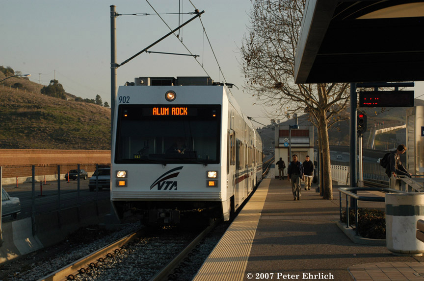 (185k, 864x574)<br><b>Country:</b> United States<br><b>City:</b> San Jose, CA<br><b>System:</b> Santa Clara VTA<br><b>Line:</b> VTA 1st St/Downtown/St. Teresa<br><b>Location:</b> Curtner <br><b>Car:</b> VTA Kinki-Sharyo 902 <br><b>Photo by:</b> Peter Ehrlich<br><b>Date:</b> 1/23/2007<br><b>Notes:</b> Arriving Curtner Station inbound.<br><b>Viewed (this week/total):</b> 0 / 1114