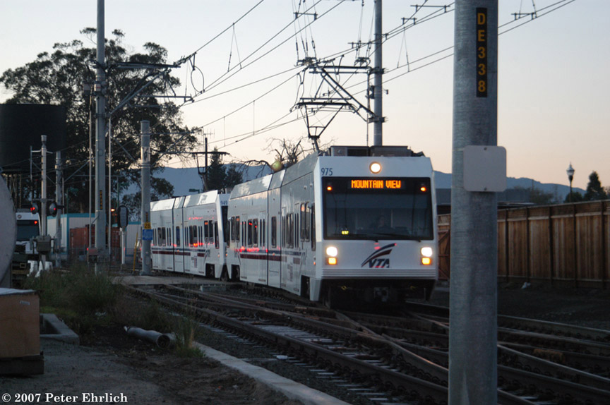 (176k, 864x574)<br><b>Country:</b> United States<br><b>City:</b> San Jose, CA<br><b>System:</b> Santa Clara VTA<br><b>Line:</b> VTA Vasona Line<br><b>Location:</b> San Jose Diridon <br><b>Car:</b> VTA Kinki-Sharyo 975 <br><b>Photo by:</b> Peter Ehrlich<br><b>Date:</b> 1/18/2007<br><b>Notes:</b> Approaching Diridon Station inbound.<br><b>Viewed (this week/total):</b> 2 / 1074