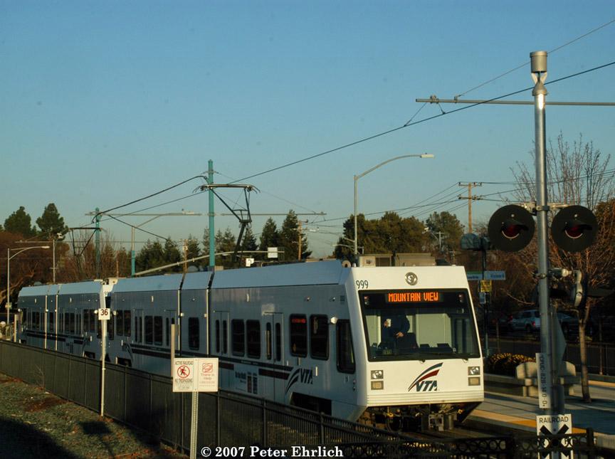 (180k, 864x645)<br><b>Country:</b> United States<br><b>City:</b> San Jose, CA<br><b>System:</b> Santa Clara VTA<br><b>Line:</b> VTA Tasman West/Mountain View<br><b>Location:</b> Mountain View <br><b>Car:</b> VTA Kinki-Sharyo 999 <br><b>Photo by:</b> Peter Ehrlich<br><b>Date:</b> 1/23/2007<br><b>Notes:</b> Downtown Mountain View Station.<br><b>Viewed (this week/total):</b> 0 / 1296