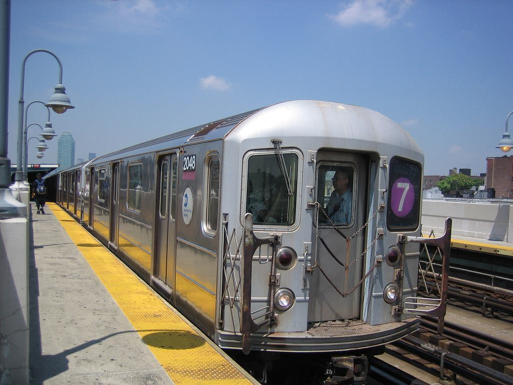 (118k, 1024x768)<br><b>Country:</b> United States<br><b>City:</b> New York<br><b>System:</b> New York City Transit<br><b>Line:</b> IRT Flushing Line<br><b>Location:</b> 33rd Street/Rawson Street <br><b>Route:</b> 7<br><b>Car:</b> R-62A (Bombardier, 1984-1987)  2048 <br><b>Photo by:</b> Michael Hodurski<br><b>Date:</b> 7/2/2006<br><b>Viewed (this week/total):</b> 1 / 1782