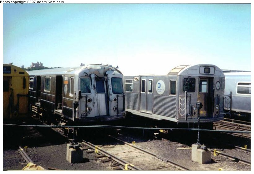 (77k, 820x561)<br><b>Country:</b> United States<br><b>City:</b> New York<br><b>System:</b> New York City Transit<br><b>Location:</b> 207th Street Yard<br><b>Car:</b> R-62 (Kawasaki, 1983-1985)  1370 <br><b>Photo by:</b> Adam Kaminsky<br><b>Date:</b> 8/24/2003<br><b>Viewed (this week/total):</b> 8 / 2561