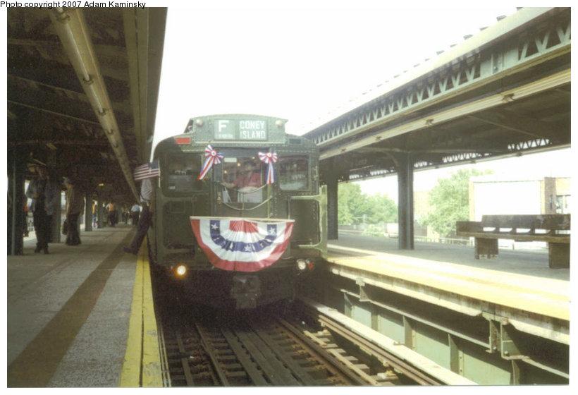 (93k, 820x560)<br><b>Country:</b> United States<br><b>City:</b> New York<br><b>System:</b> New York City Transit<br><b>Line:</b> BMT Culver Line<br><b>Location:</b> 18th Avenue <br><b>Route:</b> Fan Trip<br><b>Car:</b> R-4 (American Car & Foundry, 1932-1933) 484 <br><b>Photo by:</b> Adam Kaminsky<br><b>Date:</b> 2/29/2004<br><b>Viewed (this week/total):</b> 0 / 1986