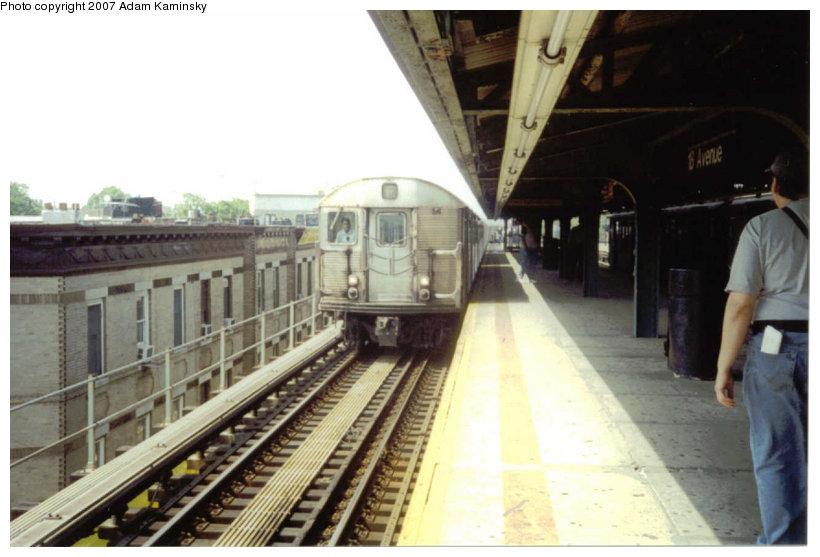 (97k, 820x557)<br><b>Country:</b> United States<br><b>City:</b> New York<br><b>System:</b> New York City Transit<br><b>Line:</b> BMT Culver Line<br><b>Location:</b> 18th Avenue <br><b>Route:</b> F<br><b>Car:</b> R-32 (Budd, 1964)   <br><b>Photo by:</b> Adam Kaminsky<br><b>Viewed (this week/total):</b> 0 / 2708