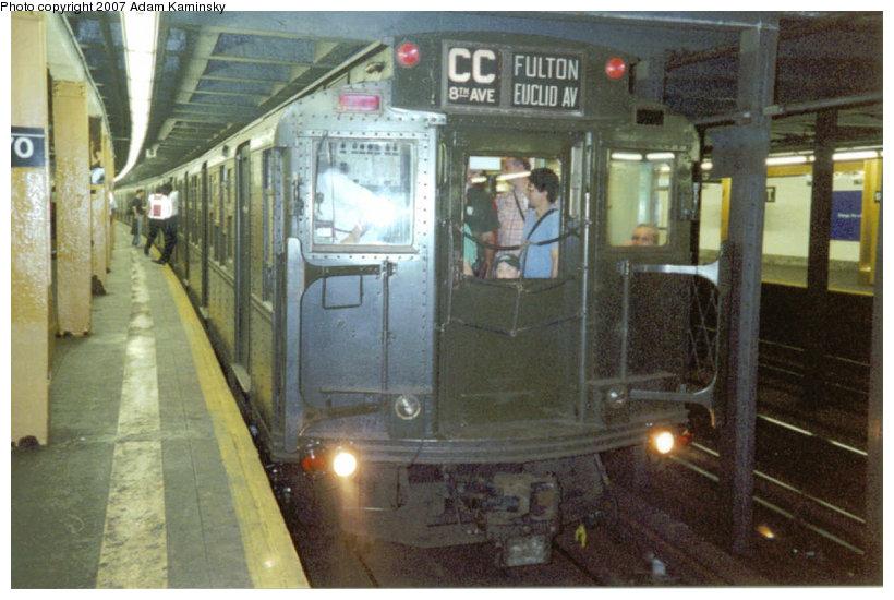 (119k, 820x550)<br><b>Country:</b> United States<br><b>City:</b> New York<br><b>System:</b> New York City Transit<br><b>Line:</b> IND Concourse Line<br><b>Location:</b> 170th Street <br><b>Route:</b> Fan Trip<br><b>Car:</b> R-4 (American Car & Foundry, 1932-1933) 484 <br><b>Photo by:</b> Adam Kaminsky<br><b>Date:</b> 8/2003<br><b>Viewed (this week/total):</b> 2 / 3456