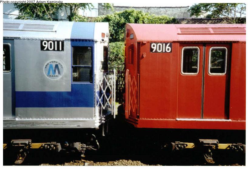 (113k, 820x556)<br><b>Country:</b> United States<br><b>City:</b> New York<br><b>System:</b> New York City Transit<br><b>Location:</b> Rockaway Park Yard<br><b>Route:</b> Fan Trip<br><b>Car:</b> R-33 Main Line (St. Louis, 1962-63) 9011/9016 <br><b>Photo by:</b> Adam Kaminsky<br><b>Date:</b> 6/19/2004<br><b>Viewed (this week/total):</b> 0 / 2246