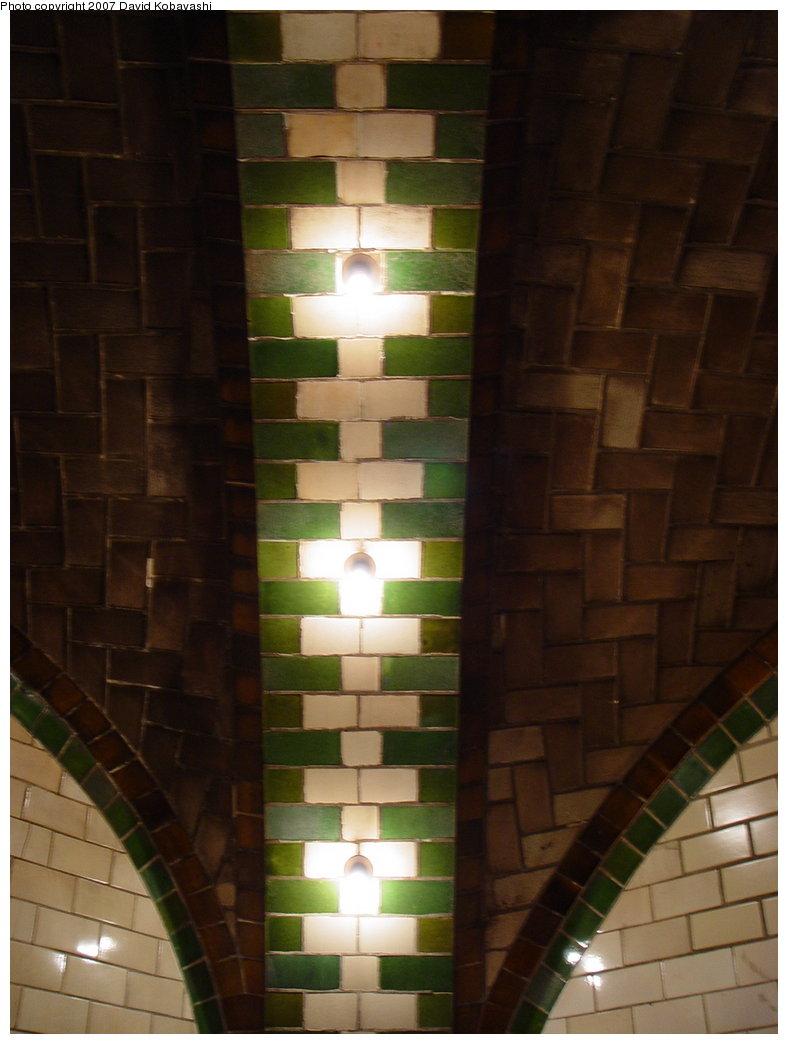 (127k, 788x1044)<br><b>Country:</b> United States<br><b>City:</b> New York<br><b>System:</b> New York City Transit<br><b>Line:</b> IRT East Side Line<br><b>Location:</b> City Hall <br><b>Photo by:</b> David Kobayashi<br><b>Date:</b> 2/4/2007<br><b>Notes:</b> Transit Museum tour.<br><b>Viewed (this week/total):</b> 0 / 4319