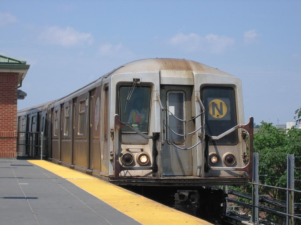 (108k, 1024x768)<br><b>Country:</b> United States<br><b>City:</b> New York<br><b>System:</b> New York City Transit<br><b>Location:</b> Coney Island/Stillwell Avenue<br><b>Route:</b> N<br><b>Car:</b> R-40 (St. Louis, 1968)  4166 <br><b>Photo by:</b> Michael Hodurski<br><b>Date:</b> 7/29/2006<br><b>Viewed (this week/total):</b> 4 / 1769