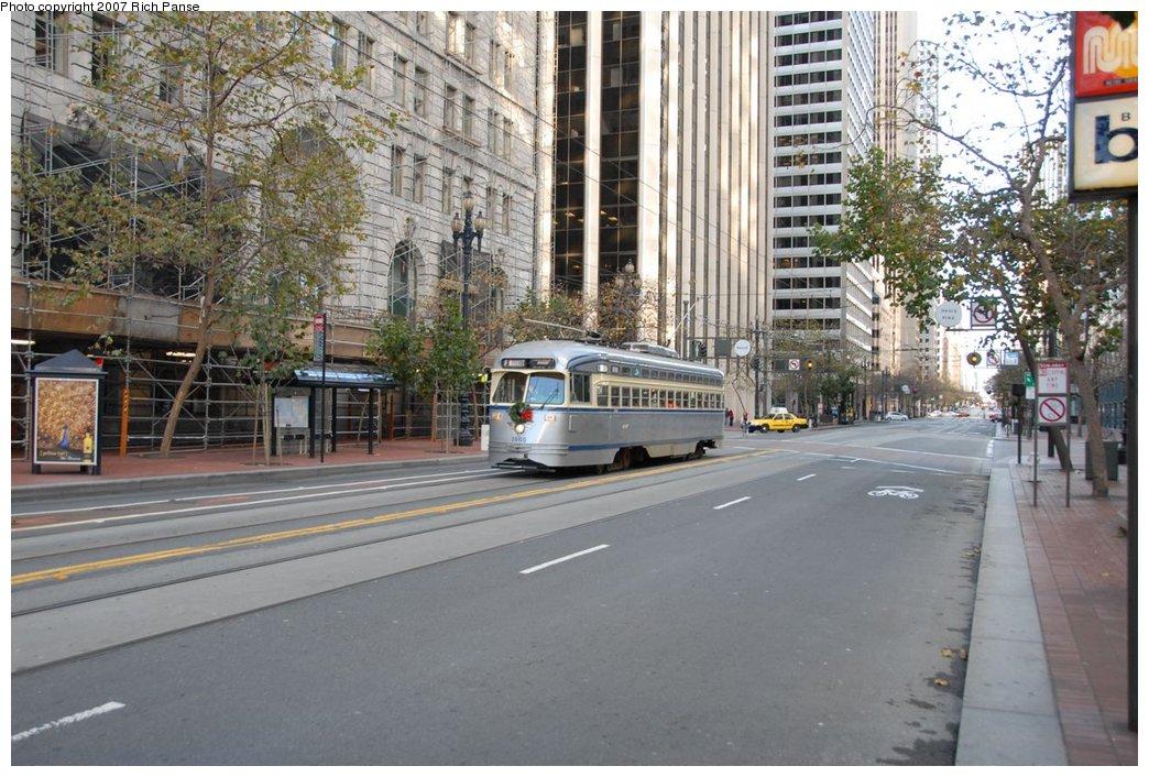 (217k, 1044x706)<br><b>Country:</b> United States<br><b>City:</b> San Francisco/Bay Area, CA<br><b>System:</b> SF MUNI<br><b>Location:</b> Market/Beale/Davis <br><b>Car:</b> SF MUNI PCC (Ex-SEPTA) (St. Louis Car Co., 1947-1948)  1060 <br><b>Photo by:</b> Richard Panse<br><b>Date:</b> 12/17/2006<br><b>Viewed (this week/total):</b> 0 / 678