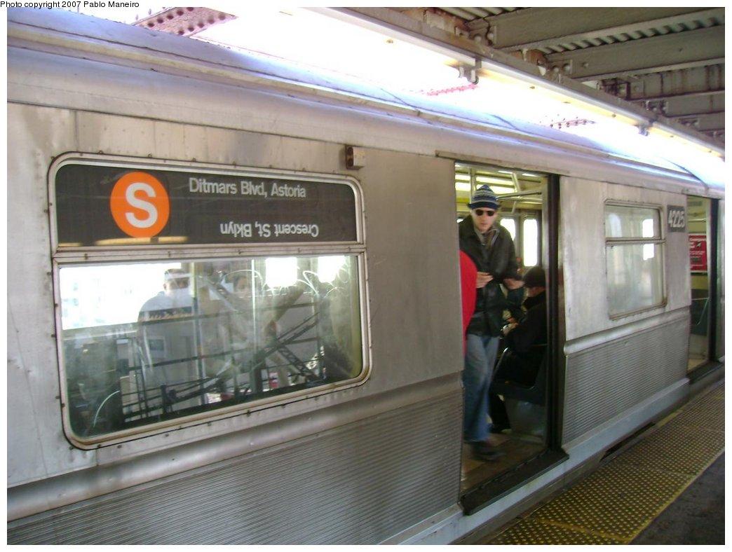 (160k, 1044x788)<br><b>Country:</b> United States<br><b>City:</b> New York<br><b>System:</b> New York City Transit<br><b>Line:</b> BMT Astoria Line<br><b>Location:</b> Queensborough Plaza <br><b>Route:</b> N<br><b>Car:</b> R-40 (St. Louis, 1968)  4225 <br><b>Photo by:</b> Pablo Maneiro<br><b>Notes:</b> Incorrectly set rollsign.<br><b>Viewed (this week/total):</b> 1 / 4246