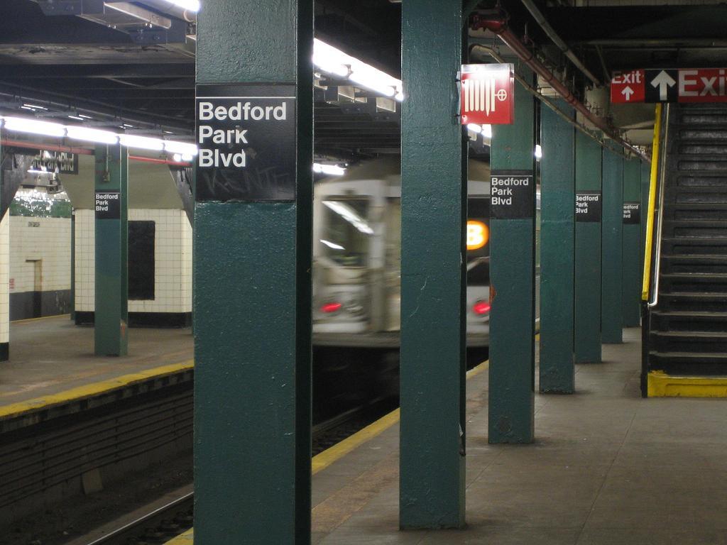 (104k, 1024x768)<br><b>Country:</b> United States<br><b>City:</b> New York<br><b>System:</b> New York City Transit<br><b>Line:</b> IND Concourse Line<br><b>Location:</b> Bedford Park Boulevard <br><b>Photo by:</b> Michael Hodurski<br><b>Date:</b> 8/11/2006<br><b>Viewed (this week/total):</b> 0 / 1291