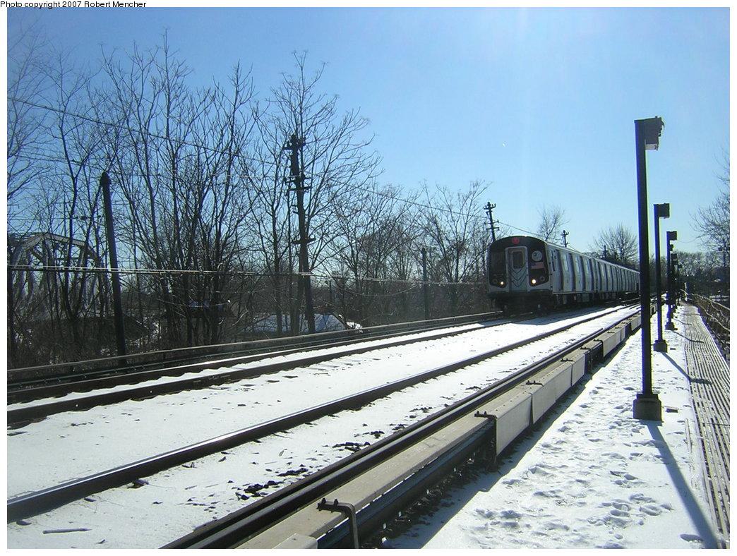 (259k, 1044x788)<br><b>Country:</b> United States<br><b>City:</b> New York<br><b>System:</b> New York City Transit<br><b>Line:</b> BMT Myrtle Avenue Line<br><b>Location:</b> Metropolitan Avenue <br><b>Route:</b> M<br><b>Car:</b> R-143 (Kawasaki, 2001-2002) 8121 <br><b>Photo by:</b> Robert Mencher<br><b>Date:</b> 2/19/2007<br><b>Viewed (this week/total):</b> 0 / 3372