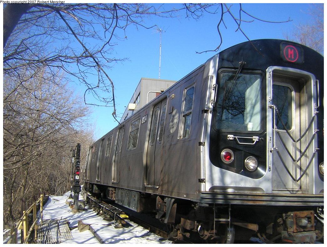 (258k, 1044x788)<br><b>Country:</b> United States<br><b>City:</b> New York<br><b>System:</b> New York City Transit<br><b>Line:</b> BMT Myrtle Avenue Line<br><b>Location:</b> Metropolitan Avenue <br><b>Route:</b> M<br><b>Car:</b> R-143 (Kawasaki, 2001-2002) 8124 <br><b>Photo by:</b> Robert Mencher<br><b>Date:</b> 2/19/2007<br><b>Viewed (this week/total):</b> 2 / 2613