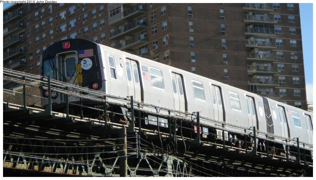 (257k, 1044x596)<br><b>Country:</b> United States<br><b>City:</b> New York<br><b>System:</b> New York City Transit<br><b>Line:</b> BMT Culver Line<br><b>Location:</b> Neptune Avenue <br><b>Route:</b> F<br><b>Car:</b> R-160B (Option 1) (Kawasaki, 2008-2009)  9147 <br><b>Photo by:</b> John Dooley<br><b>Date:</b> 11/18/2010<br><b>Viewed (this week/total):</b> 0 / 1097