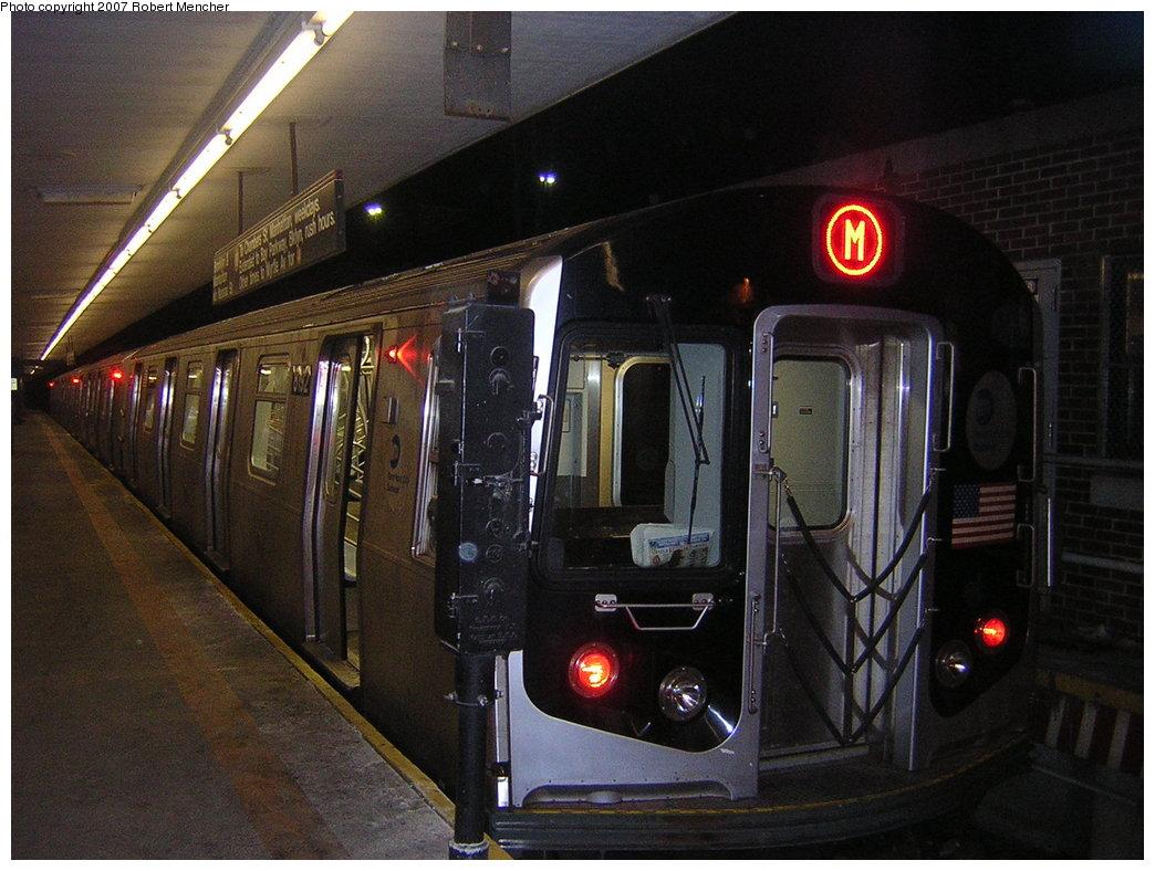 (205k, 1044x788)<br><b>Country:</b> United States<br><b>City:</b> New York<br><b>System:</b> New York City Transit<br><b>Line:</b> BMT Myrtle Avenue Line<br><b>Location:</b> Metropolitan Avenue <br><b>Route:</b> M<br><b>Car:</b> R-143 (Kawasaki, 2001-2002) 8192 <br><b>Photo by:</b> Robert Mencher<br><b>Date:</b> 2/19/2007<br><b>Viewed (this week/total):</b> 5 / 3186