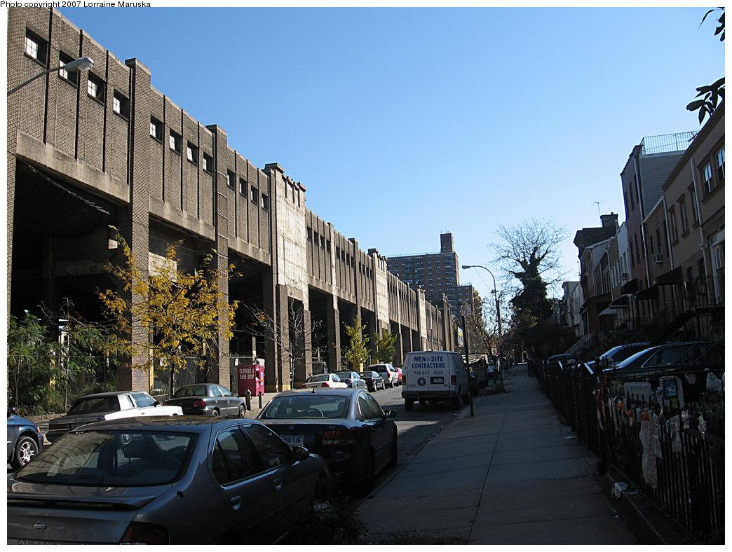(224k, 1044x788)<br><b>Country:</b> United States<br><b>City:</b> New York<br><b>System:</b> New York City Transit<br><b>Line:</b> IND Crosstown Line<br><b>Location:</b> 4th Avenue <br><b>Photo by:</b> Lorraine Maruska<br><b>Date:</b> 2/2007<br><b>Viewed (this week/total):</b> 0 / 1824