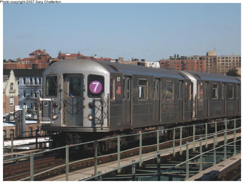 (106k, 820x620)<br><b>Country:</b> United States<br><b>City:</b> New York<br><b>System:</b> New York City Transit<br><b>Line:</b> IRT Flushing Line<br><b>Location:</b> 61st Street/Woodside <br><b>Route:</b> 7<br><b>Car:</b> R-62A (Bombardier, 1984-1987)  1675 <br><b>Photo by:</b> Gary Chatterton<br><b>Date:</b> 2/15/2007<br><b>Viewed (this week/total):</b> 0 / 1697