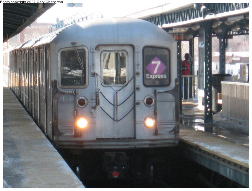 (105k, 820x620)<br><b>Country:</b> United States<br><b>City:</b> New York<br><b>System:</b> New York City Transit<br><b>Line:</b> IRT Flushing Line<br><b>Location:</b> 61st Street/Woodside <br><b>Route:</b> 7<br><b>Car:</b> R-62A (Bombardier, 1984-1987)  2107 <br><b>Photo by:</b> Gary Chatterton<br><b>Date:</b> 2/15/2007<br><b>Viewed (this week/total):</b> 0 / 2059