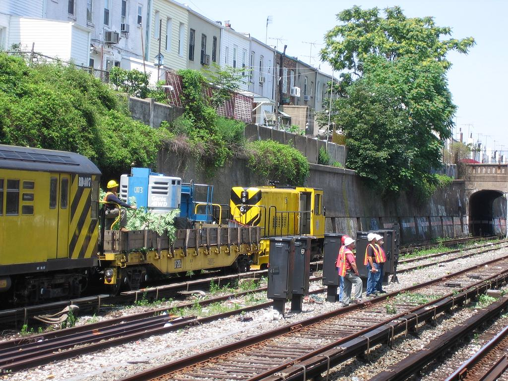 (234k, 1024x768)<br><b>Country:</b> United States<br><b>City:</b> New York<br><b>System:</b> New York City Transit<br><b>Line:</b> BMT Sea Beach Line<br><b>Location:</b> 20th Avenue <br><b>Route:</b> Work Service<br><b>Car:</b> R-47 Locomotive  67 <br><b>Photo by:</b> Michael Hodurski<br><b>Date:</b> 7/6/2006<br><b>Viewed (this week/total):</b> 2 / 1898