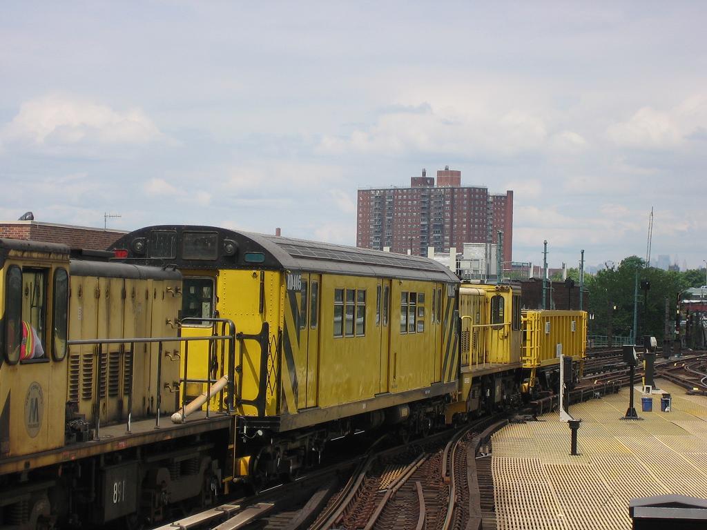 (116k, 1024x768)<br><b>Country:</b> United States<br><b>City:</b> New York<br><b>System:</b> New York City Transit<br><b>Location:</b> Coney Island/Stillwell Avenue<br><b>Route:</b> Work Service<br><b>Car:</b> R-161 Rider Car (ex-R-33)  RD405 (ex-8859)<br><b>Photo by:</b> Michael Hodurski<br><b>Date:</b> 8/4/2006<br><b>Viewed (this week/total):</b> 0 / 1621