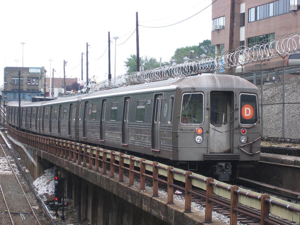 (159k, 1024x768)<br><b>Country:</b> United States<br><b>City:</b> New York<br><b>System:</b> New York City Transit<br><b>Line:</b> BMT West End Line<br><b>Location:</b> 9th Avenue <br><b>Route:</b> D<br><b>Car:</b> R-68 (Westinghouse-Amrail, 1986-1988)  2508 <br><b>Photo by:</b> Michael Hodurski<br><b>Date:</b> 6/25/2006<br><b>Viewed (this week/total):</b> 0 / 2344