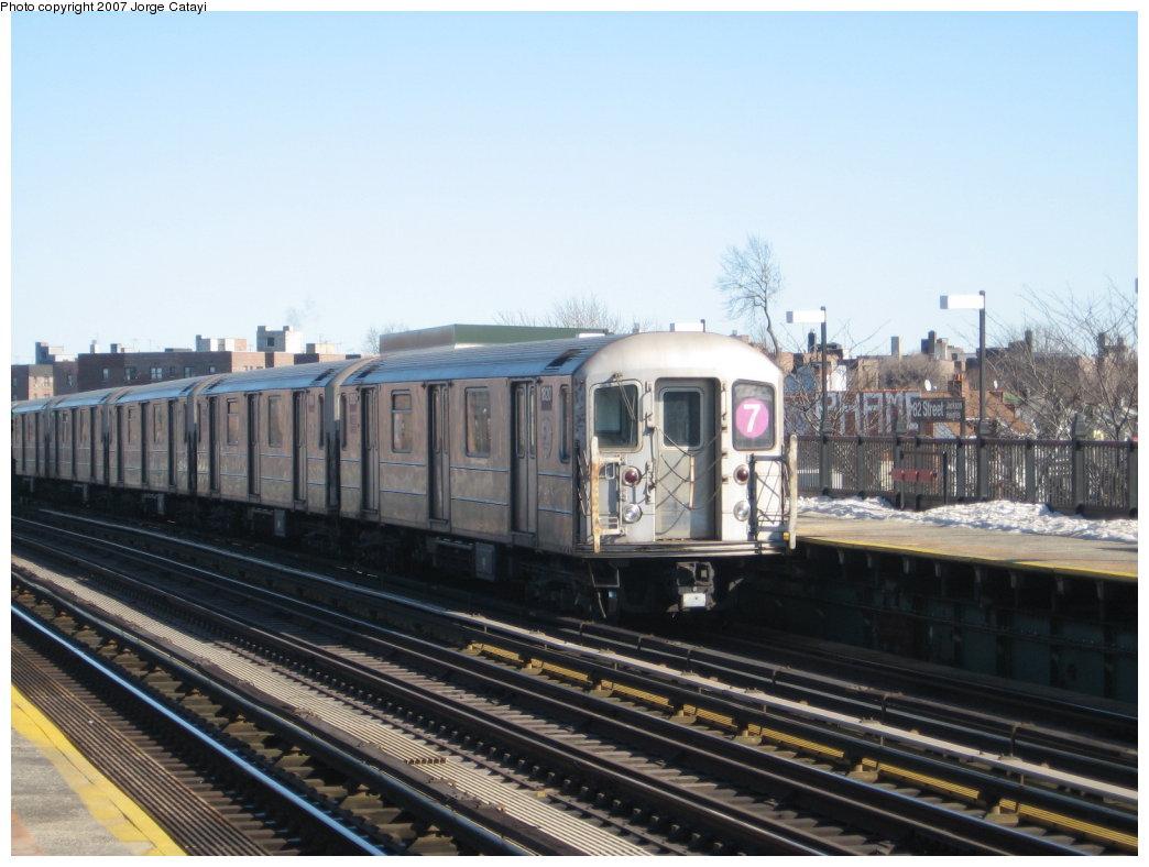 (152k, 1044x788)<br><b>Country:</b> United States<br><b>City:</b> New York<br><b>System:</b> New York City Transit<br><b>Line:</b> IRT Flushing Line<br><b>Location:</b> 82nd Street/Jackson Heights <br><b>Route:</b> 7<br><b>Car:</b> R-62A (Bombardier, 1984-1987)  1820 <br><b>Photo by:</b> Jorge Catayi<br><b>Date:</b> 2/19/2007<br><b>Viewed (this week/total):</b> 1 / 1608