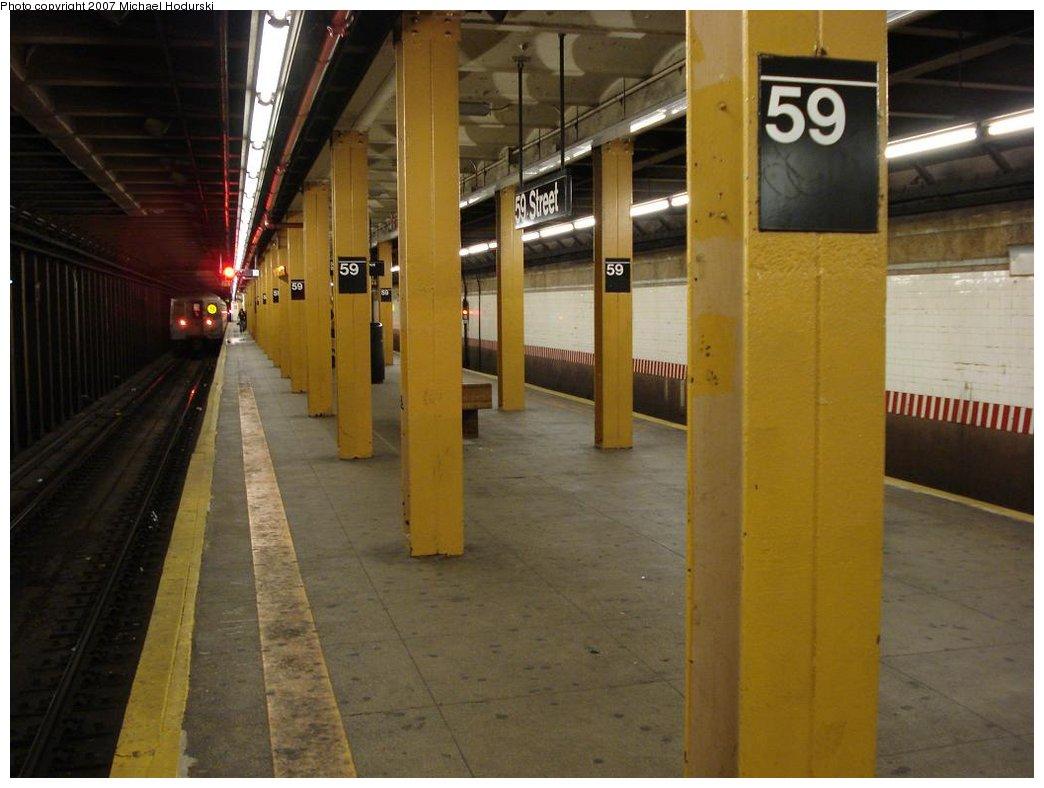(147k, 1044x788)<br><b>Country:</b> United States<br><b>City:</b> New York<br><b>System:</b> New York City Transit<br><b>Line:</b> BMT 4th Avenue<br><b>Location:</b> 59th Street <br><b>Photo by:</b> Michael Hodurski<br><b>Date:</b> 2/21/2007<br><b>Notes:</b> Platform view.<br><b>Viewed (this week/total):</b> 0 / 2415