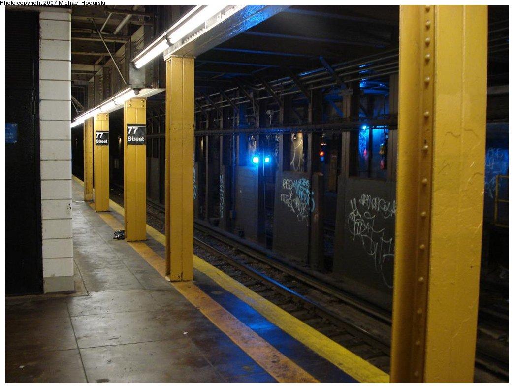 (149k, 1044x788)<br><b>Country:</b> United States<br><b>City:</b> New York<br><b>System:</b> New York City Transit<br><b>Line:</b> BMT 4th Avenue<br><b>Location:</b> 77th Street <br><b>Photo by:</b> Michael Hodurski<br><b>Date:</b> 2/21/2007<br><b>Notes:</b> Trackway view.<br><b>Viewed (this week/total):</b> 2 / 2653