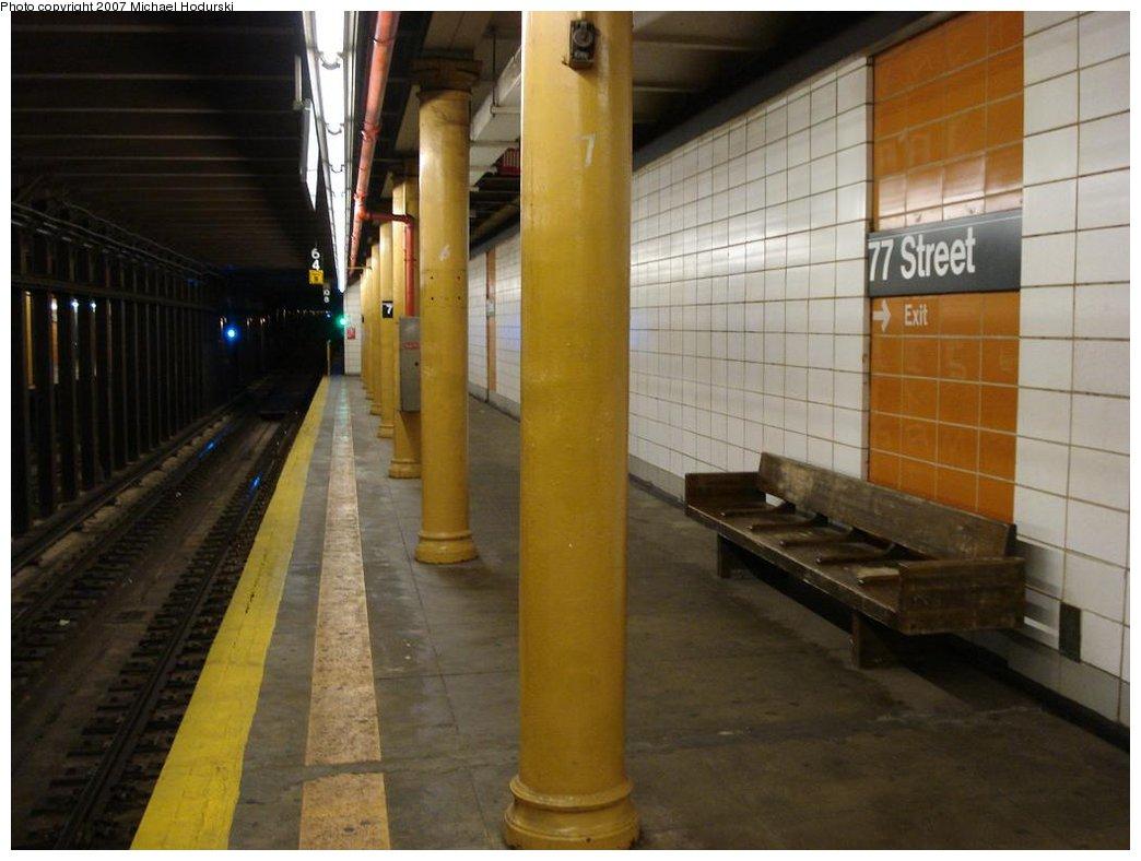 (141k, 1044x788)<br><b>Country:</b> United States<br><b>City:</b> New York<br><b>System:</b> New York City Transit<br><b>Line:</b> BMT 4th Avenue<br><b>Location:</b> 77th Street <br><b>Photo by:</b> Michael Hodurski<br><b>Date:</b> 2/21/2007<br><b>Notes:</b> Southbound platform.<br><b>Viewed (this week/total):</b> 2 / 2018