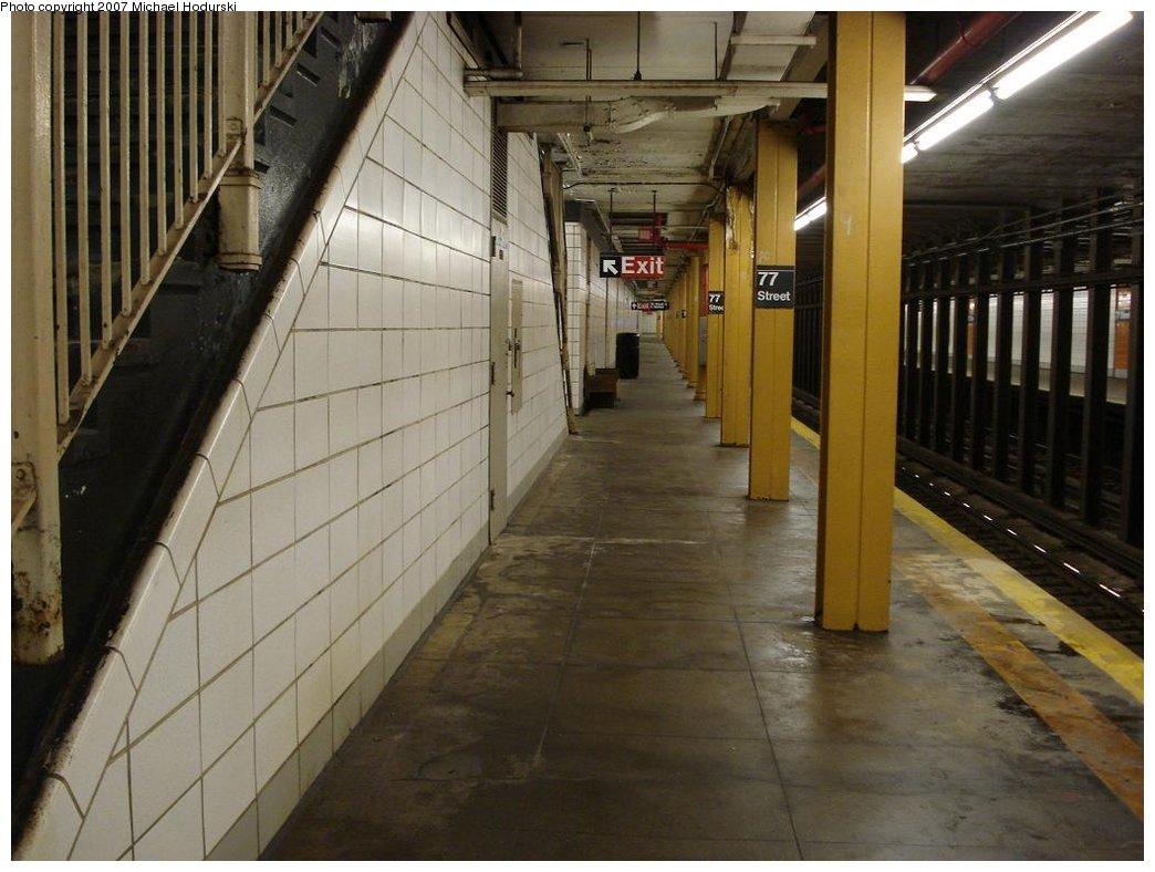 (164k, 1044x788)<br><b>Country:</b> United States<br><b>City:</b> New York<br><b>System:</b> New York City Transit<br><b>Line:</b> BMT 4th Avenue<br><b>Location:</b> 77th Street <br><b>Photo by:</b> Michael Hodurski<br><b>Date:</b> 2/21/2007<br><b>Notes:</b> Southbound platform.<br><b>Viewed (this week/total):</b> 2 / 2192