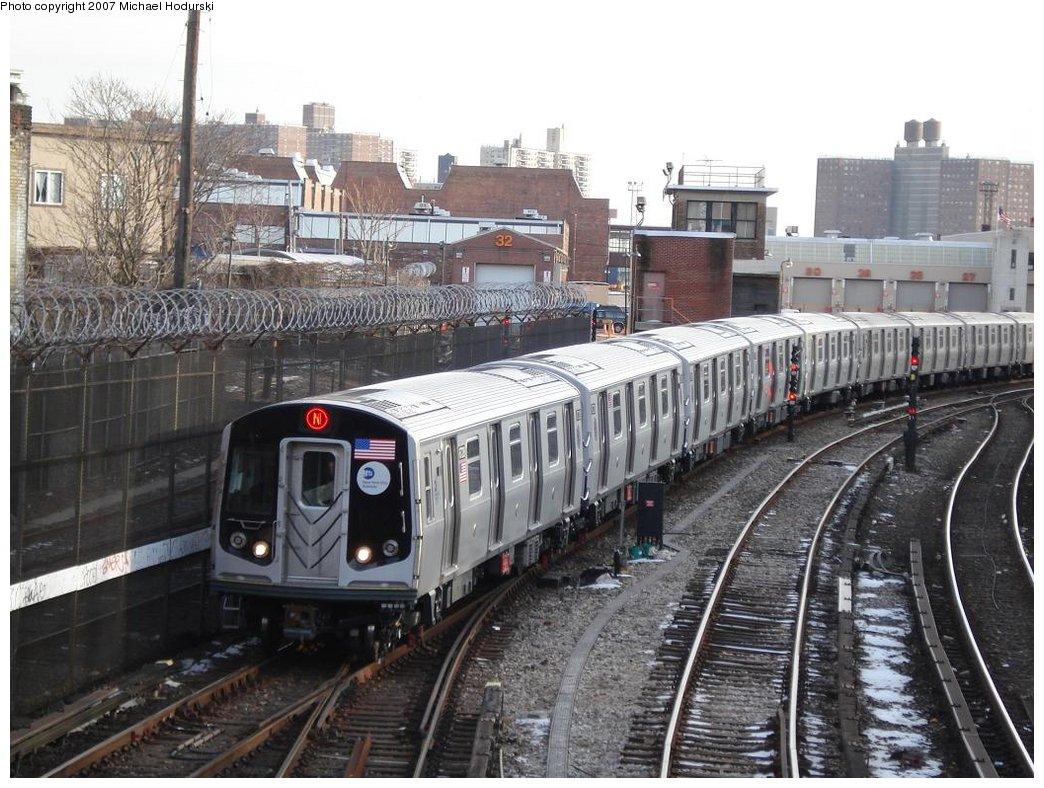(207k, 1044x788)<br><b>Country:</b> United States<br><b>City:</b> New York<br><b>System:</b> New York City Transit<br><b>Line:</b> BMT Sea Beach Line<br><b>Location:</b> 86th Street <br><b>Route:</b> N<br><b>Car:</b> R-160B (Kawasaki, 2005-2008)  8728 <br><b>Photo by:</b> Michael Hodurski<br><b>Date:</b> 2/21/2007<br><b>Viewed (this week/total):</b> 1 / 2663